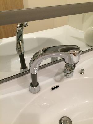 水栓を伸ばしたところ